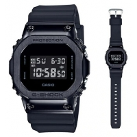 Casio G-Shock GM-5600B-1ER special 42mm