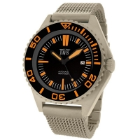 Davis 1390 automatic diver watch